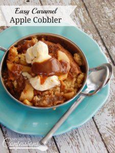 Easy Caramel Apple Cobbler- This Caramel Apple Cobbler recipe is the best homemade cobbler and it's so easy to make!