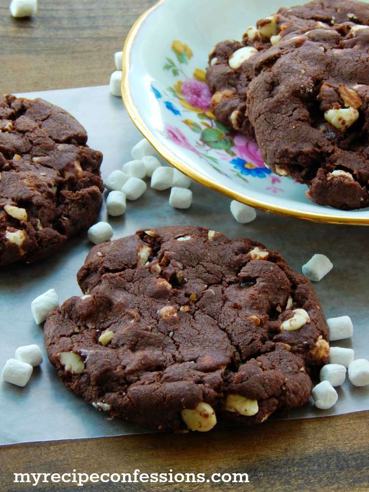 Soft-and-Chewy-rocky-Road-Cookie-Recipe