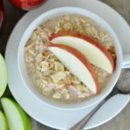 Apple Cinnamon Overnight Oatmeal is a simple and delicious breakfast. The best way to wake up in the morning is to a bowl of Apple Cinnamon Overnight Oatmeal. Not only is this recipe healthy it's also gluten free.