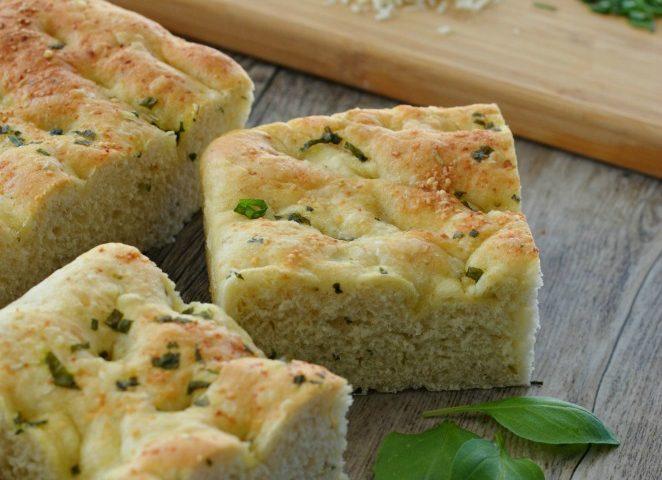 Easy Italian Focaccia Bread